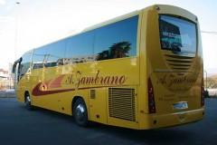 autocares-zambrano-autobus-55-a-60-plazas-cadiz-modelo-century-9