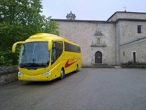 autocares-zambrano-autobus-55-a-60-plazas-cadiz-modelo-pb-2