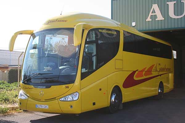 autocares-zambrano-autobus-55-a-60-plazas-cadiz-modelo-pb-3