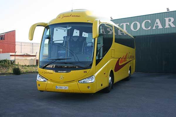 autocares-zambrano-autobus-55-a-60-plazas-cadiz-modelo-pb-6