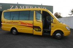 autocares-zambrano-microbus-16-plazas-cadiz-0
