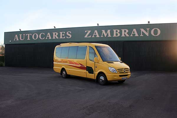 autocares-zambrano-microbus-16-plazas-cadiz-5