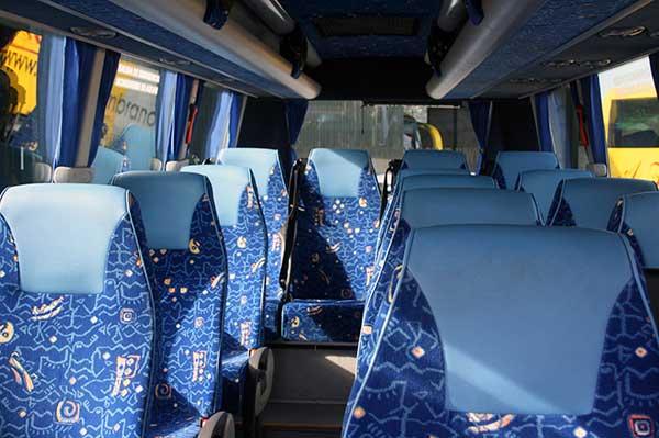 autocares-zambrano-microbus-16-plazas-cadiz-6