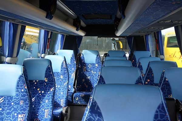 autocares-zambrano-microbus-16-plazas-cadiz-8