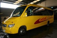 autocares-zambrano-microbus-25-a-30-plazas-cadiz-0