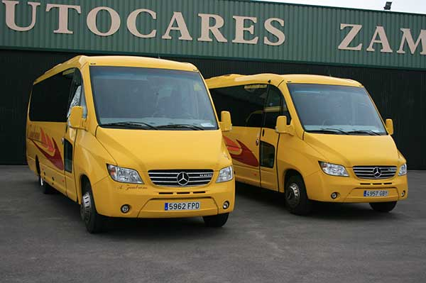 autocares-zambrano-microbus-25-a-30-plazas-cadiz-5