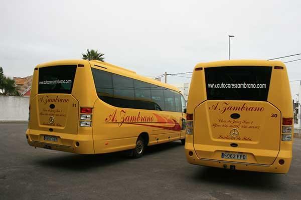 autocares-zambrano-microbus-25-a-30-plazas-cadiz-7